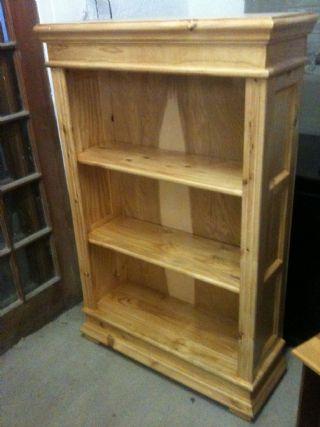 Classic 1.2 Bookcase in Pine