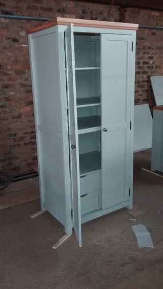 Mediunm size grocery Cubboard with inside draws