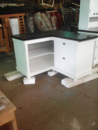 Kitchen Cnr Unit in Country look