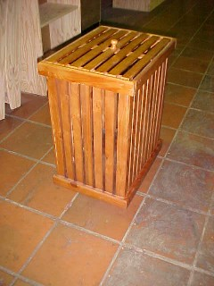 Extra Large slatted laundry bin
