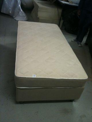 Restful Sleeper 1 Star Single Base Set 910
