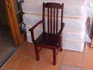 Country Rib Back Chair With Arm Rests
