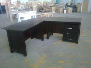 Medium Size Office Desk Set with CNR and Mobile Dr